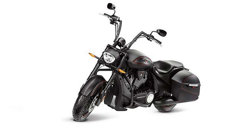 2013 Victory Hard-Ball Bagger Looks As Means As It Gets [Photo Gallery]