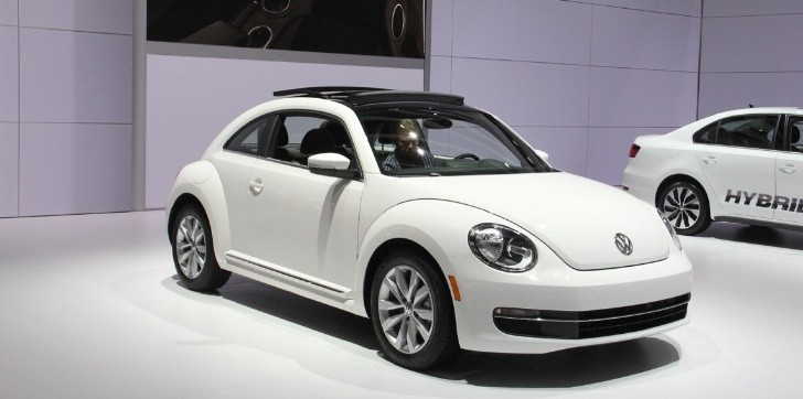 2013 Volkswagen Beetle TDI Live Photos from Chicago