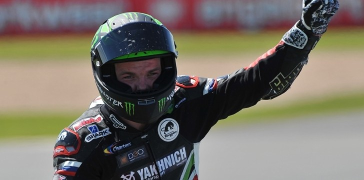 2013 WSBK: Historic Double Win for Tom Sykes and Kawasaki