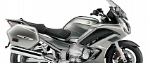 2013 Yamaha FJR1300A, the Supersport Touring Benchmark [Photo Gallery]