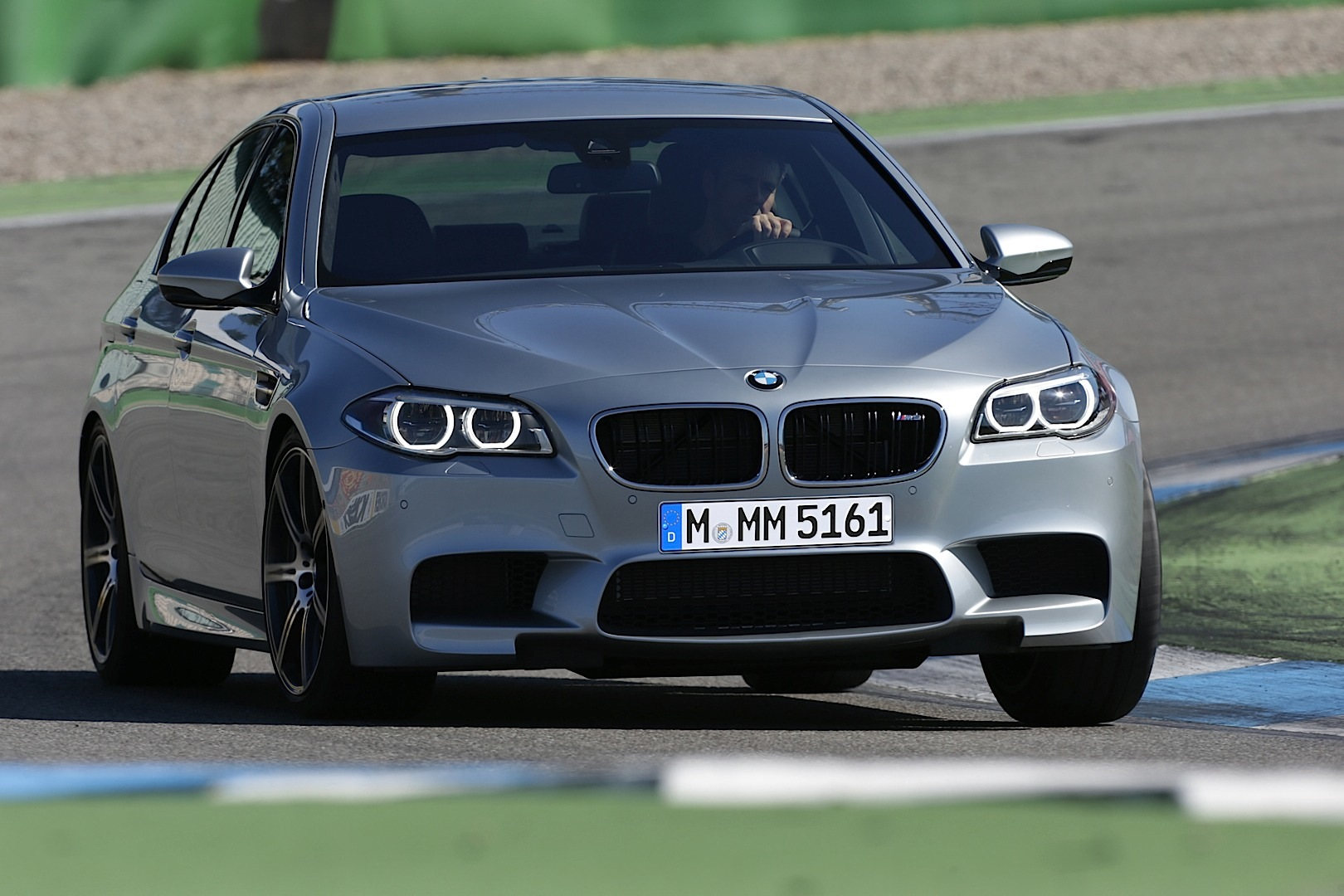 2014 Bmw F10 M5 Lci Officially Unveiled Autoevolution