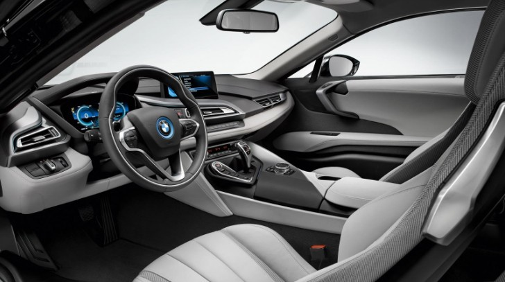 2014 BMW i8 Production Model Breaks Cover