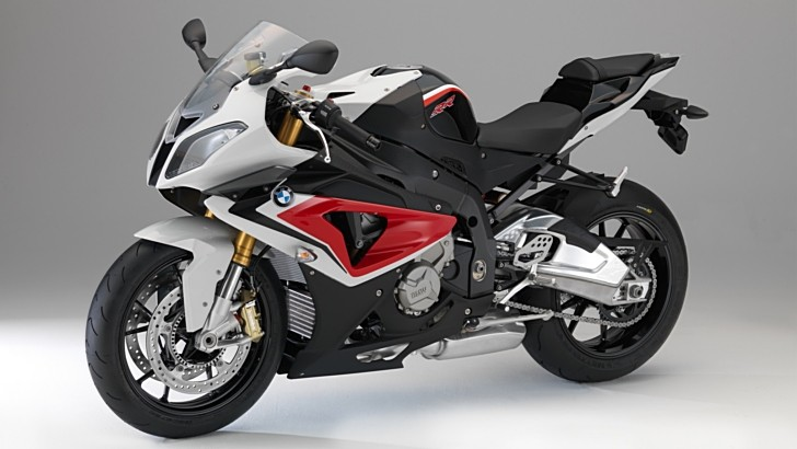 2014 BMW S1000RR Changes Colors