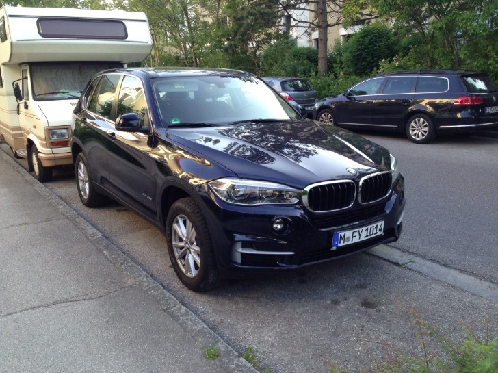 2014 BMW X5 Shows Up on German Streets