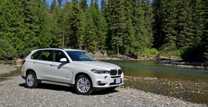2014 BMW X5 Wins 2013 Auto Trophy Award