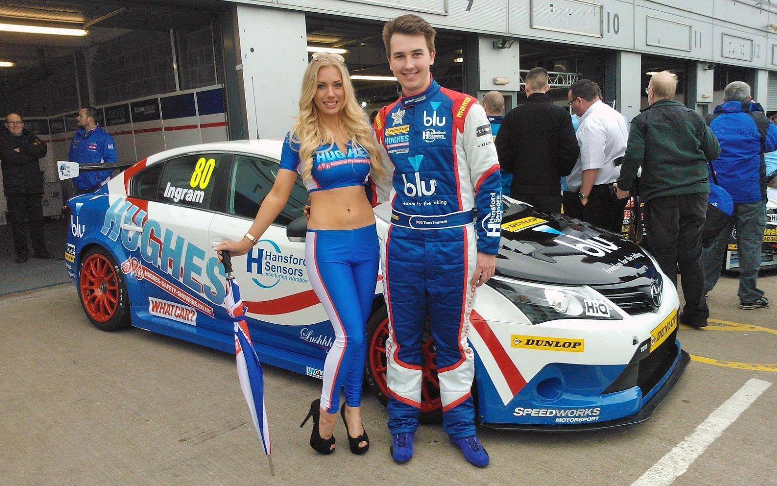 2014 Btcc Launches With Five Toyota Avensis Racecars
