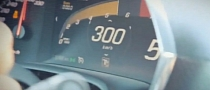 2014 Corvette Stingray Does 300 KM/H on German Autobahn [Video]