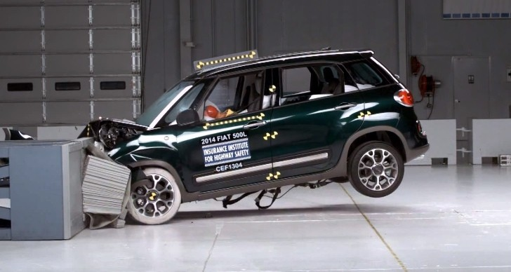 2014 Fiat 500L IIHS Crash Test: Top Safety Pick [Video]