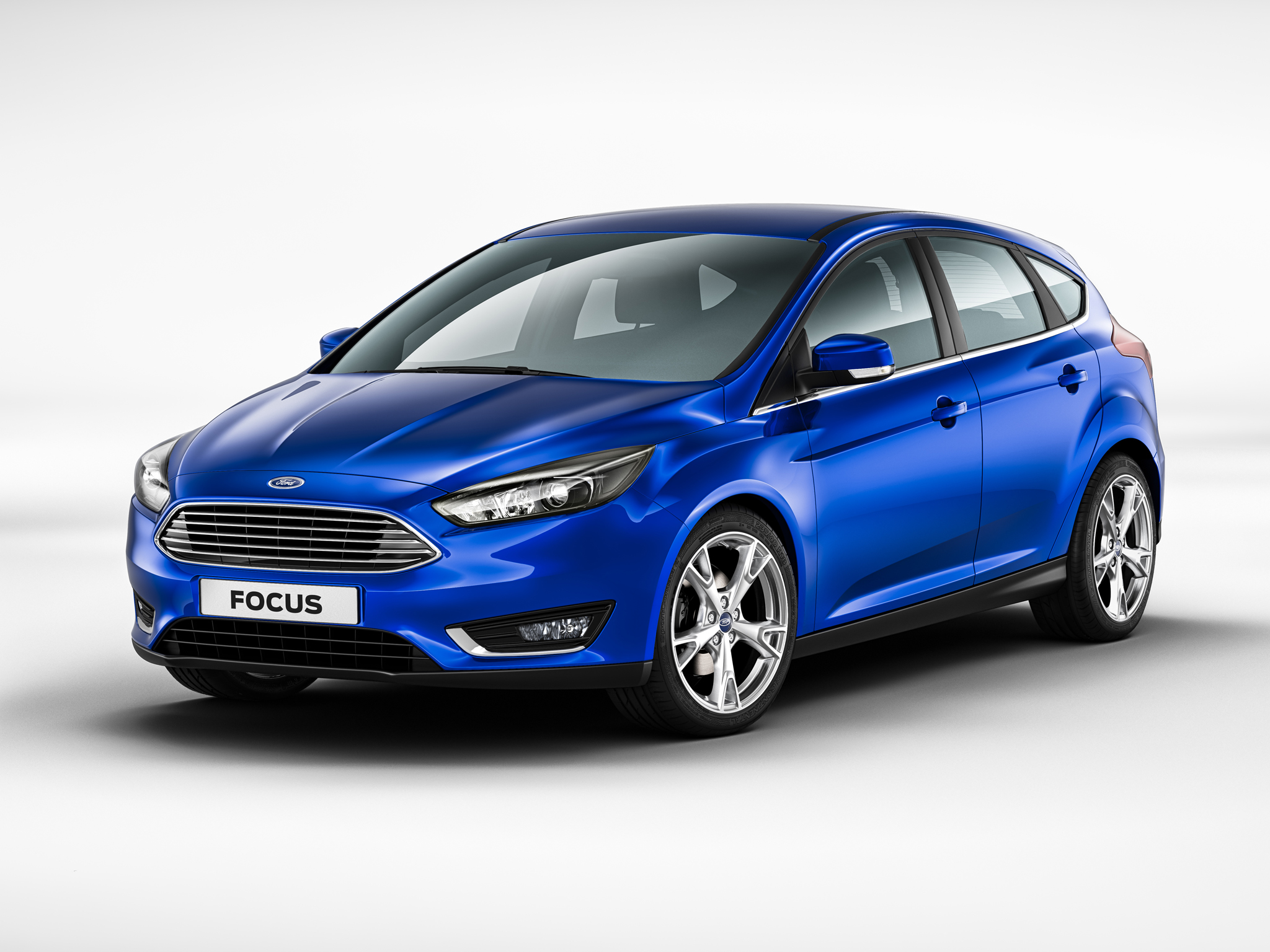2014 ford focus facelift hatchback first official photos leaked
