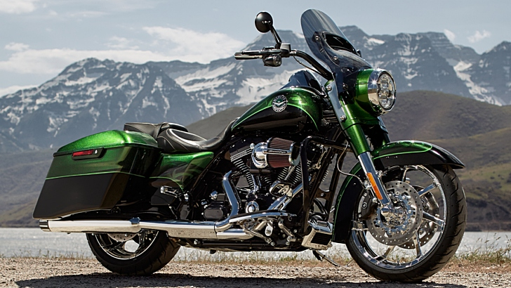 2014 Harley-Davidson CVO Road King Looks Smashing - autoevolution