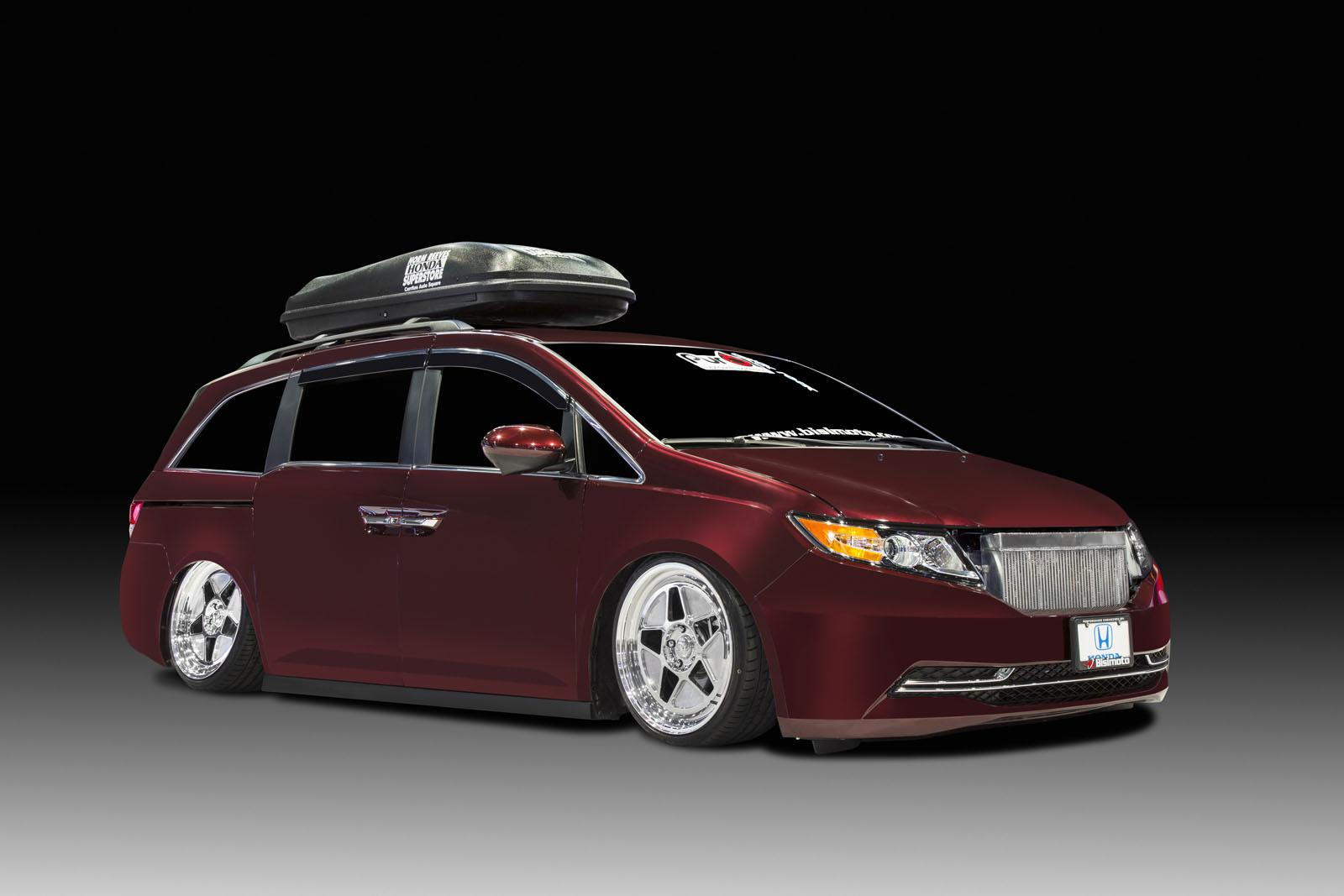 2014 honda odyssey gets 1 000 hp from bisimoto. Black Bedroom Furniture Sets. Home Design Ideas