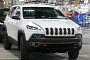 2014 Jeep Cherokee Unveiled With Surprising New Face
