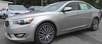 2014 Kia Cadenza Technology Package Walkaround [Video]