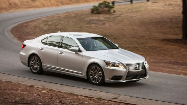 2014 Lexus LS 460 Gets Summary Review