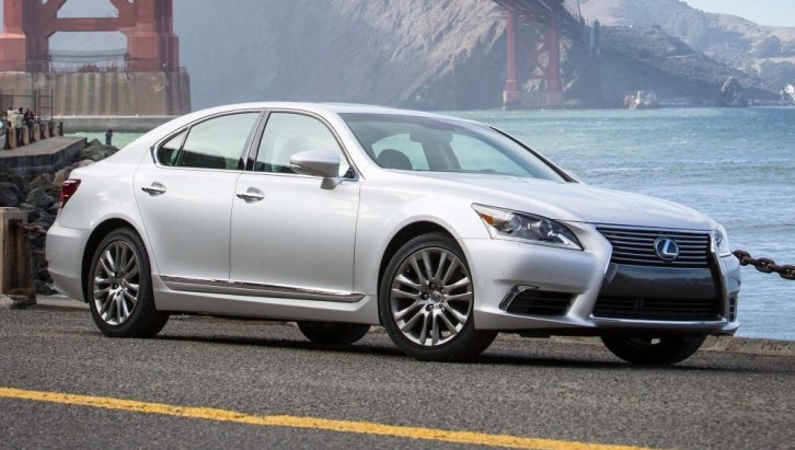 2014 Lexus LS Flagship Wearing Automaker's Best Safety Features