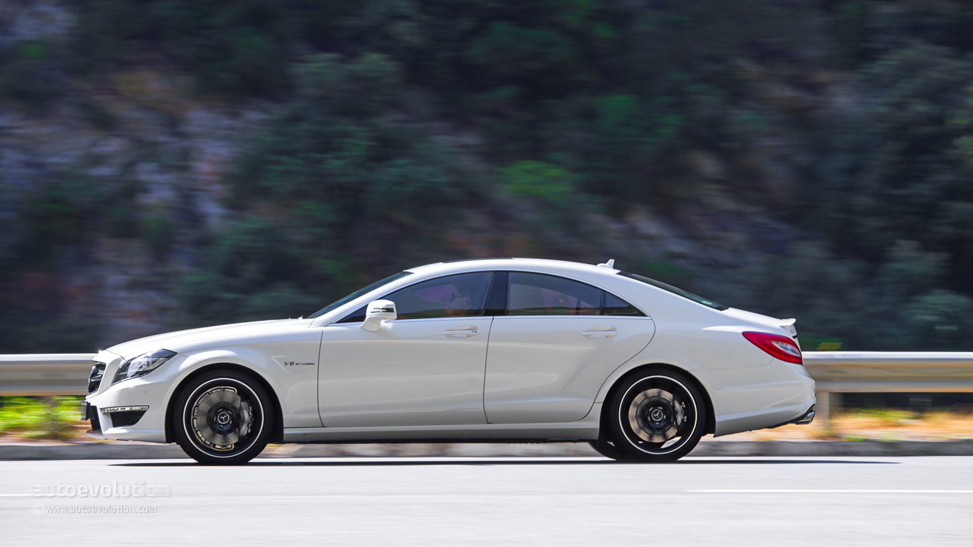 2014 mercedes benz cls63 amg 4matic original pictures