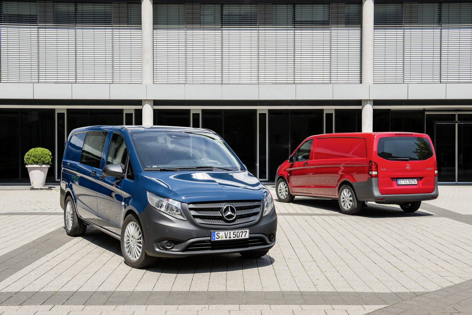 2014 mercedes-benz vito revealed  shares underpinnings with v-class