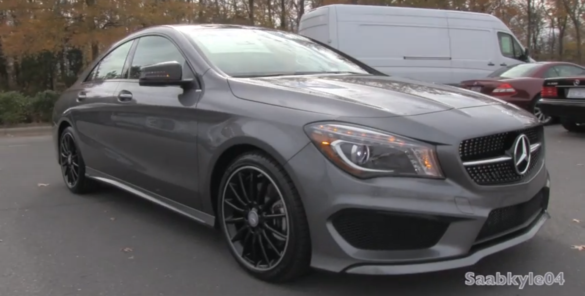 2014 mercedes cla 250 in depth walkaround autoevolution for Mercedes benz family discount