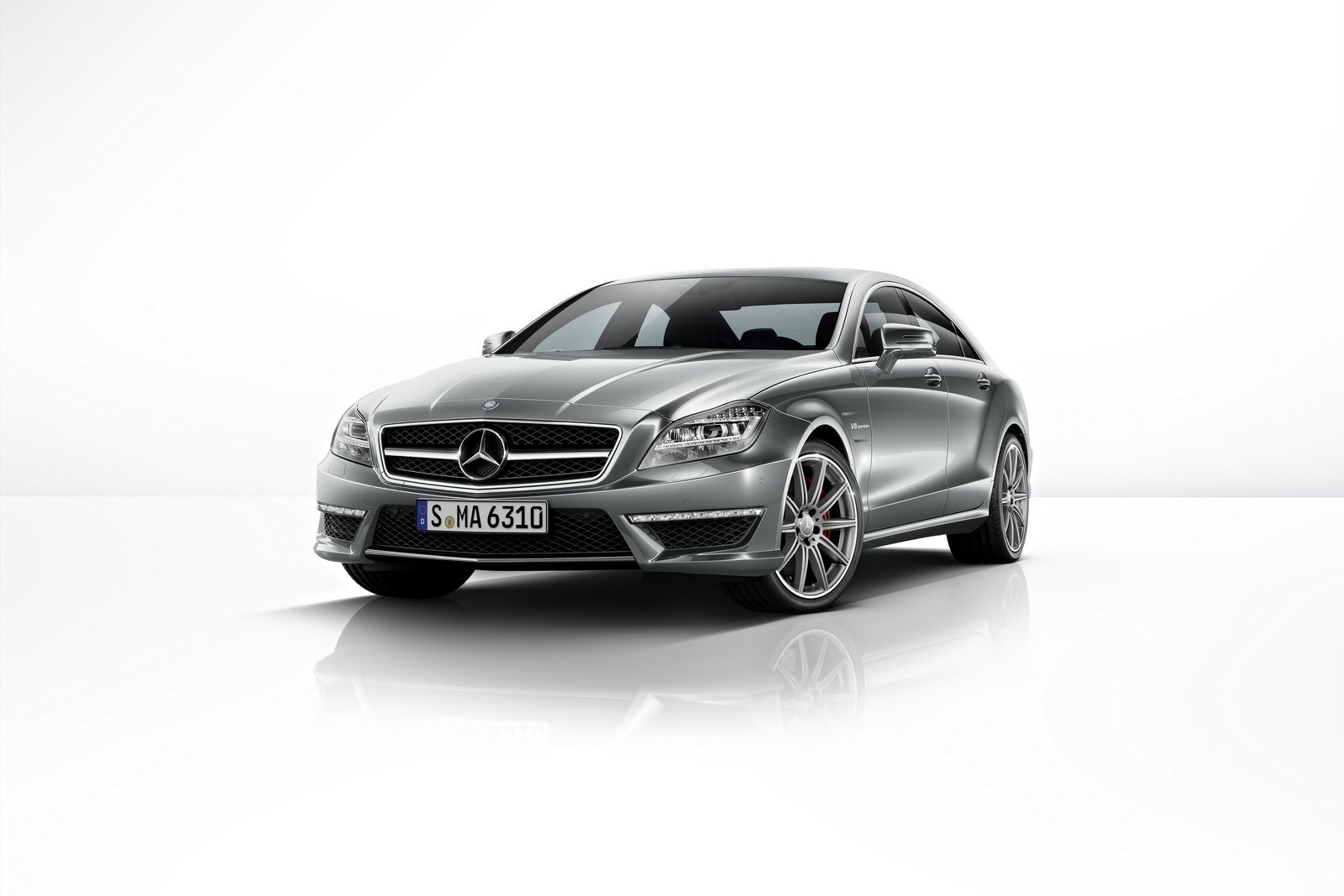 2014 mercedes cls 63 amg gets more power 4matic autoevolution. Black Bedroom Furniture Sets. Home Design Ideas