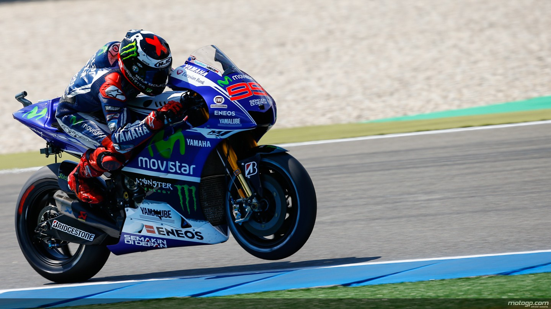 2014 MotoGP: Jorge Lorenzo Receives All-New Akrapovic Exhaust, Rossi Has to Wait - autoevolution