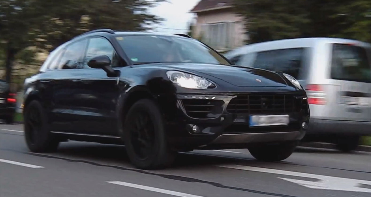 2014 Porsche Macan Spied In Germany Autoevolution
