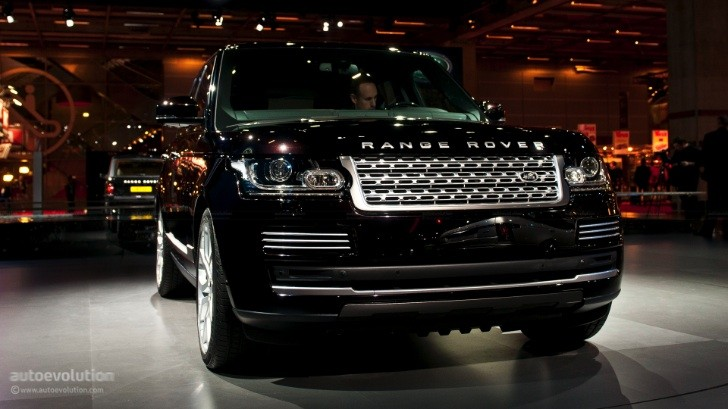 2014 Range Rover Available with Supercharged V6 and V8 Engines in US
