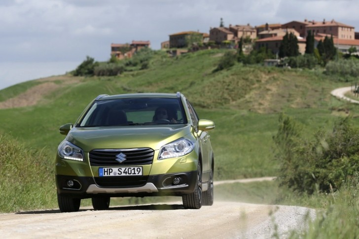 2014 Suzuki SX4 New Details, Pics Revealed [Photo Gallery]