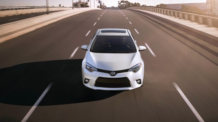 "2014 Toyota Corolla's ""Legacy Is Intact"" - The Weekly Driver"