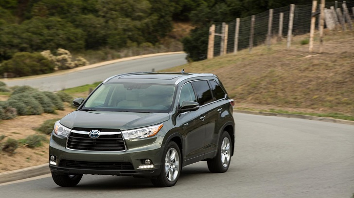 4 Photos. 2014 Toyota Highlander ...
