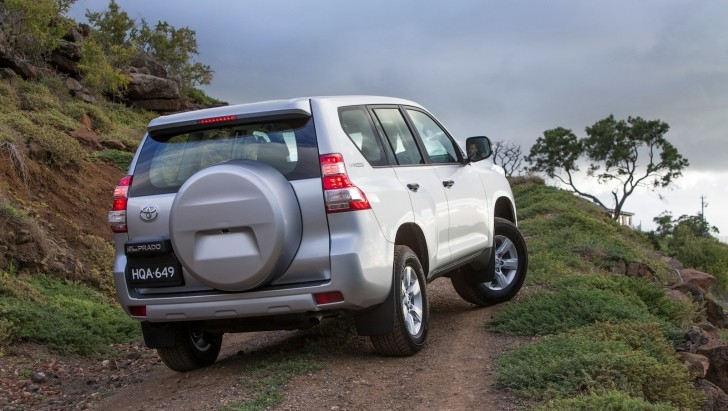 2014 Toyota Land Cruiser Prado Reviewed by Car Advice