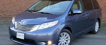 2014 Toyota Sienna Reviewed by Driving Canada