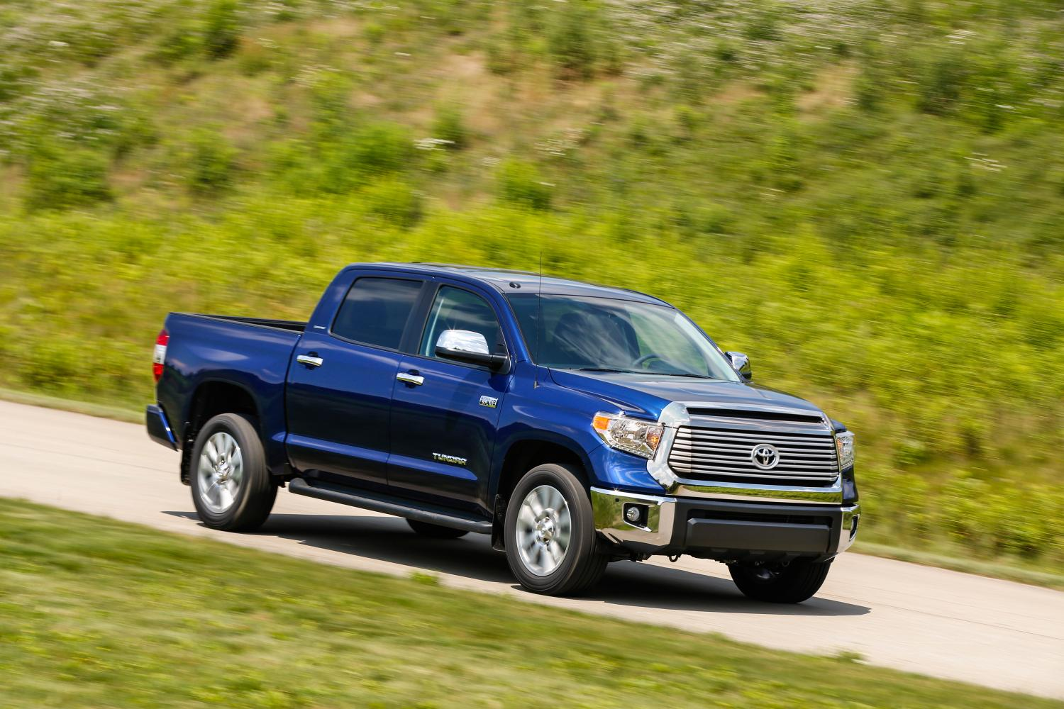 2014 toyota tundra pricing announced autoevolution. Black Bedroom Furniture Sets. Home Design Ideas