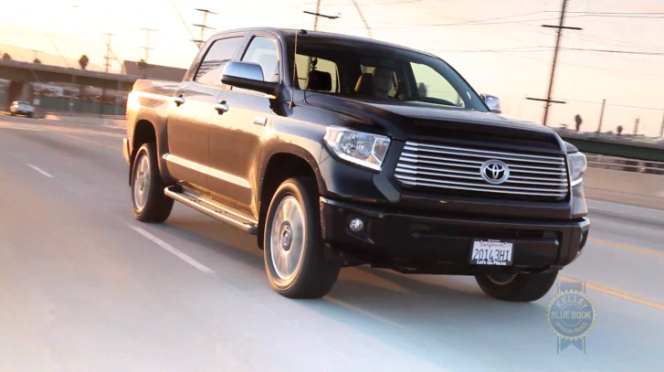 2014 toyota tundra review by kelley blue book autoevolution. Black Bedroom Furniture Sets. Home Design Ideas