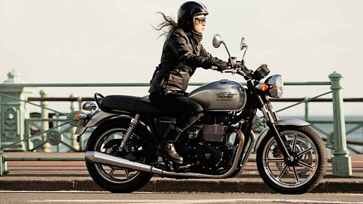 2014 Triumph Bonneville Shows Up, Prices and Colors Announced [Photo Gallery]