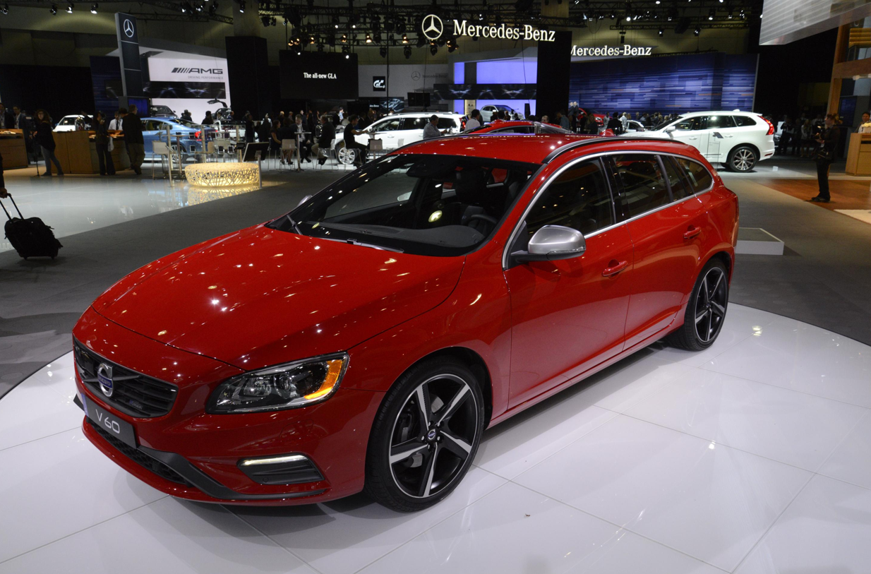 awd wagon brrrrm dads design with watch youtube volvo r two australia polestar review