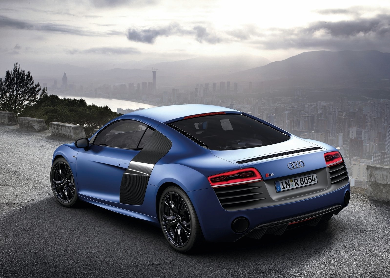 Audi r8 reviews, specs, prices, photos and videos | top speed.
