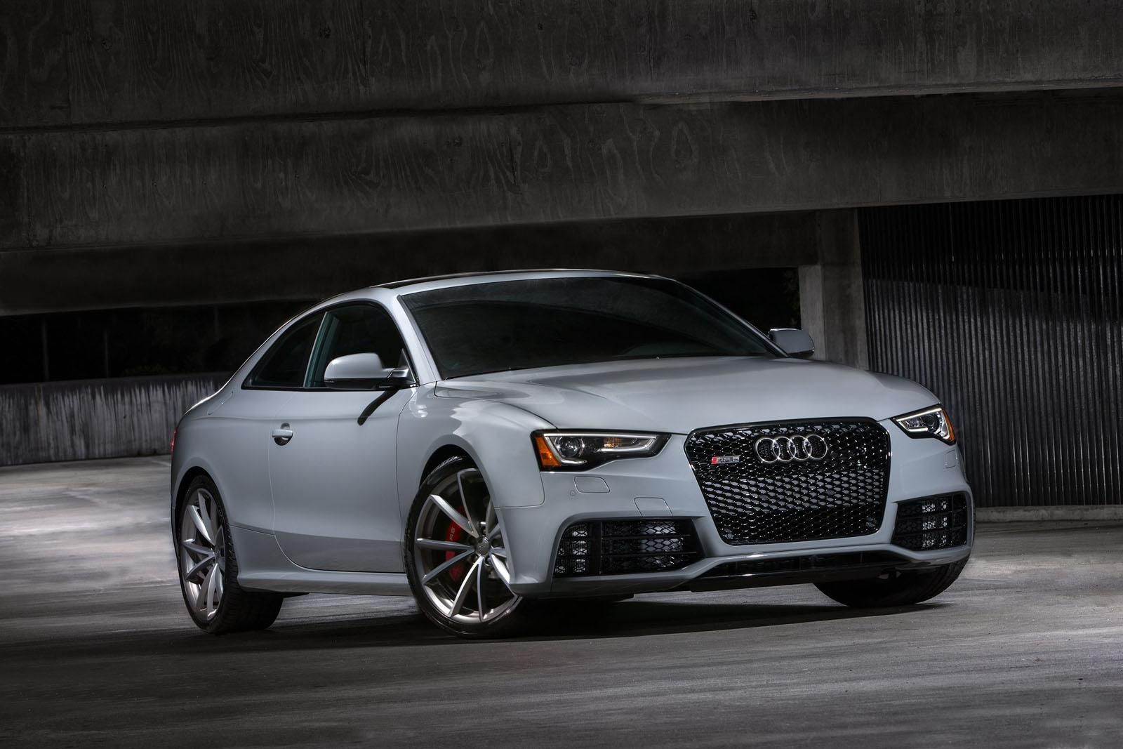 2015 audi rs5 coupe sport edition revealed autoevolution. Black Bedroom Furniture Sets. Home Design Ideas
