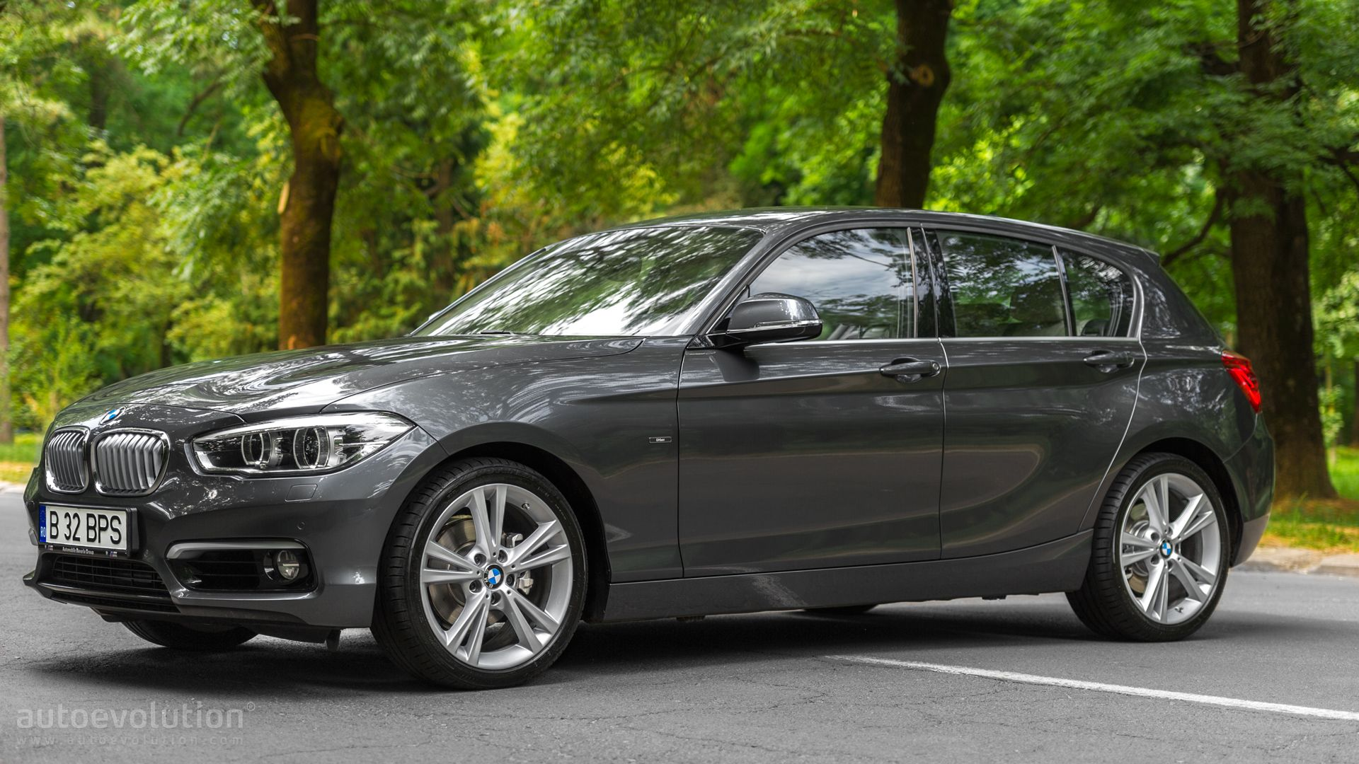 2015 BMW 1 Series Facelift Tested The Joys of Rear Wheel Drive