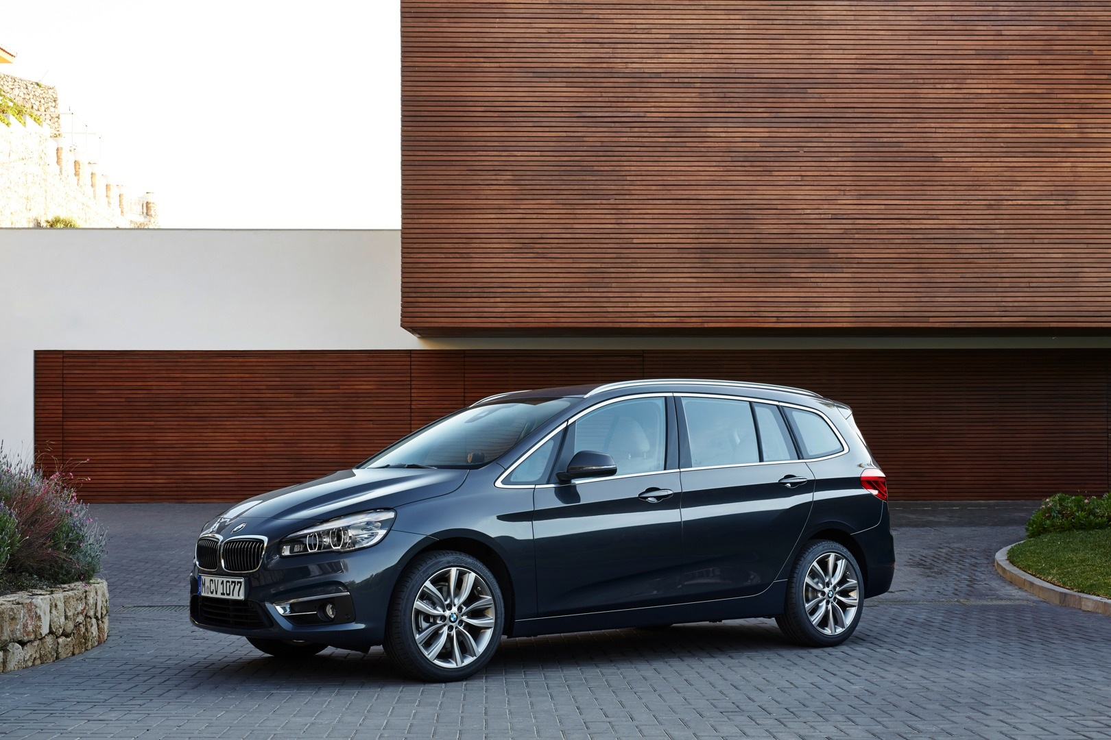 2015 bmw 2 series gran tourer pricing will start at 28 000 in europe autoevolution. Black Bedroom Furniture Sets. Home Design Ideas