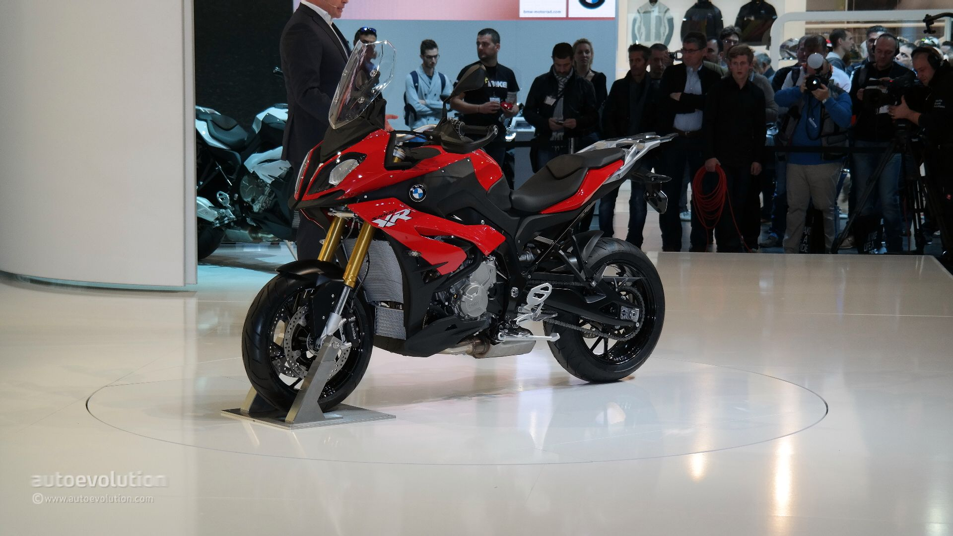 Bmw Official Website >> 2015 BMW S1000XR Prices Announced, More Affordable than Ducati Multistrada - autoevolution