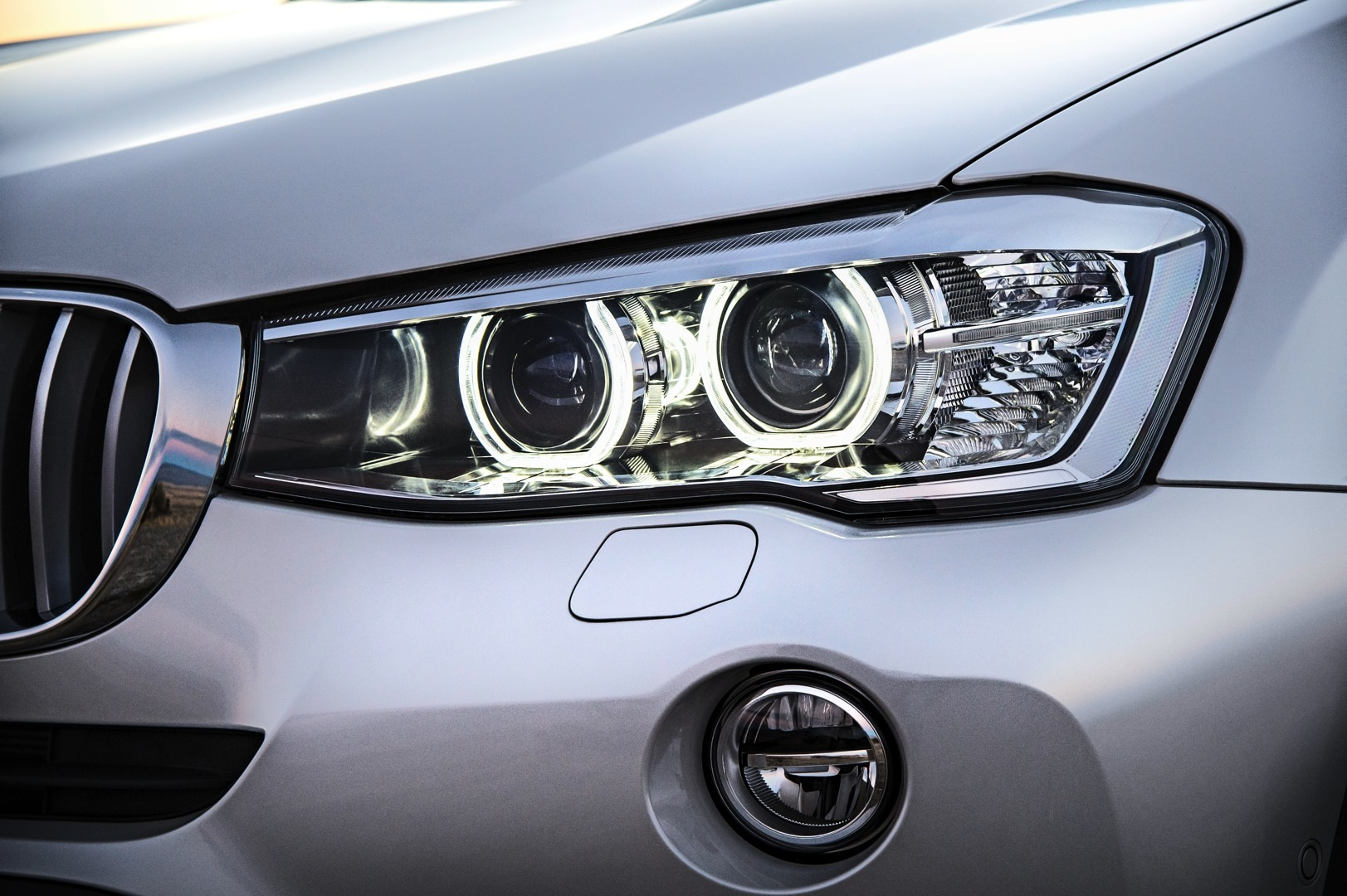 2015 BMW X3 Facelift Brings X4 Headlights And Diesel To The US