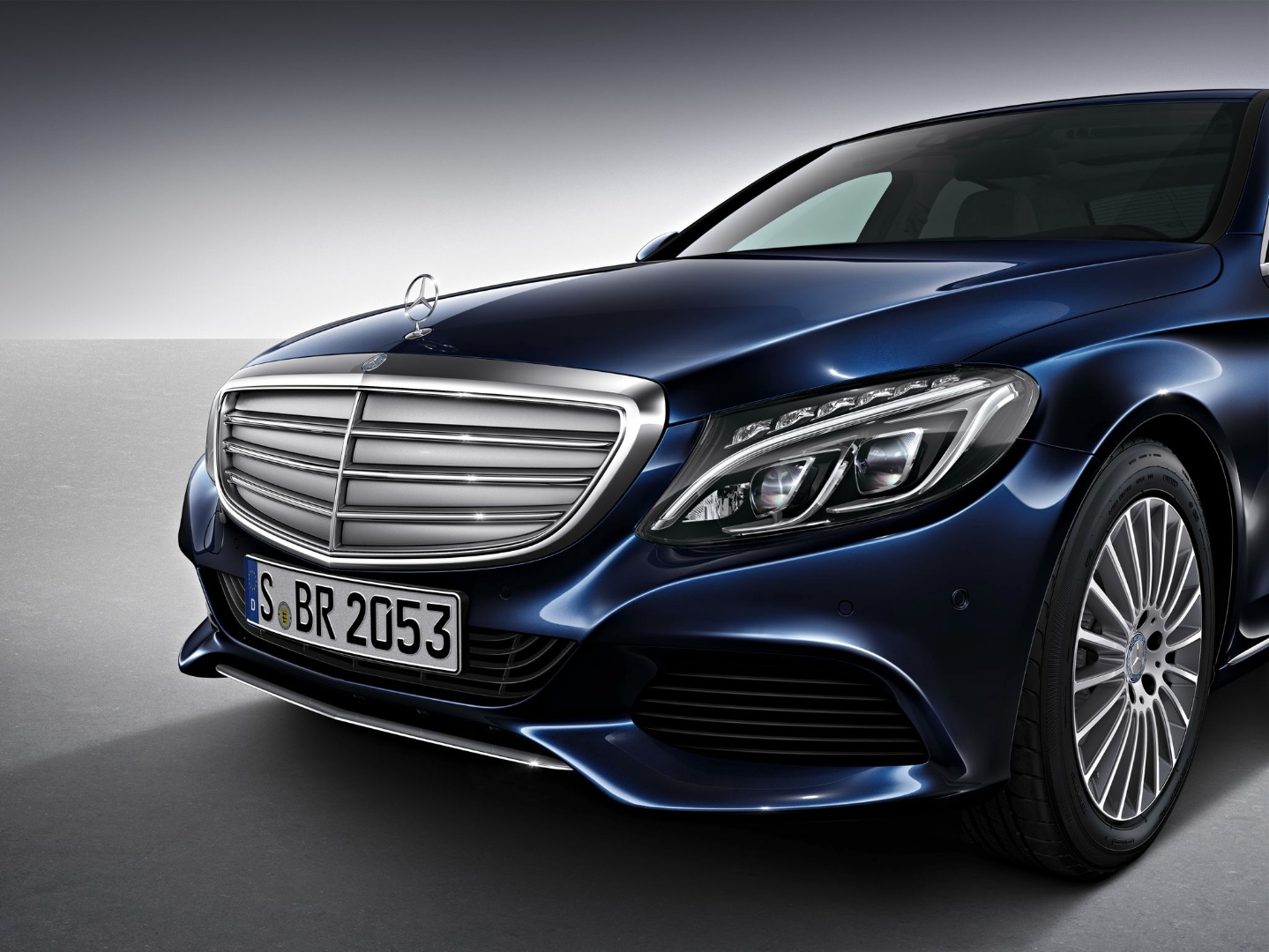 2015 mercedes benz c class w205 with airpanel looks like for Mercedes benz w205