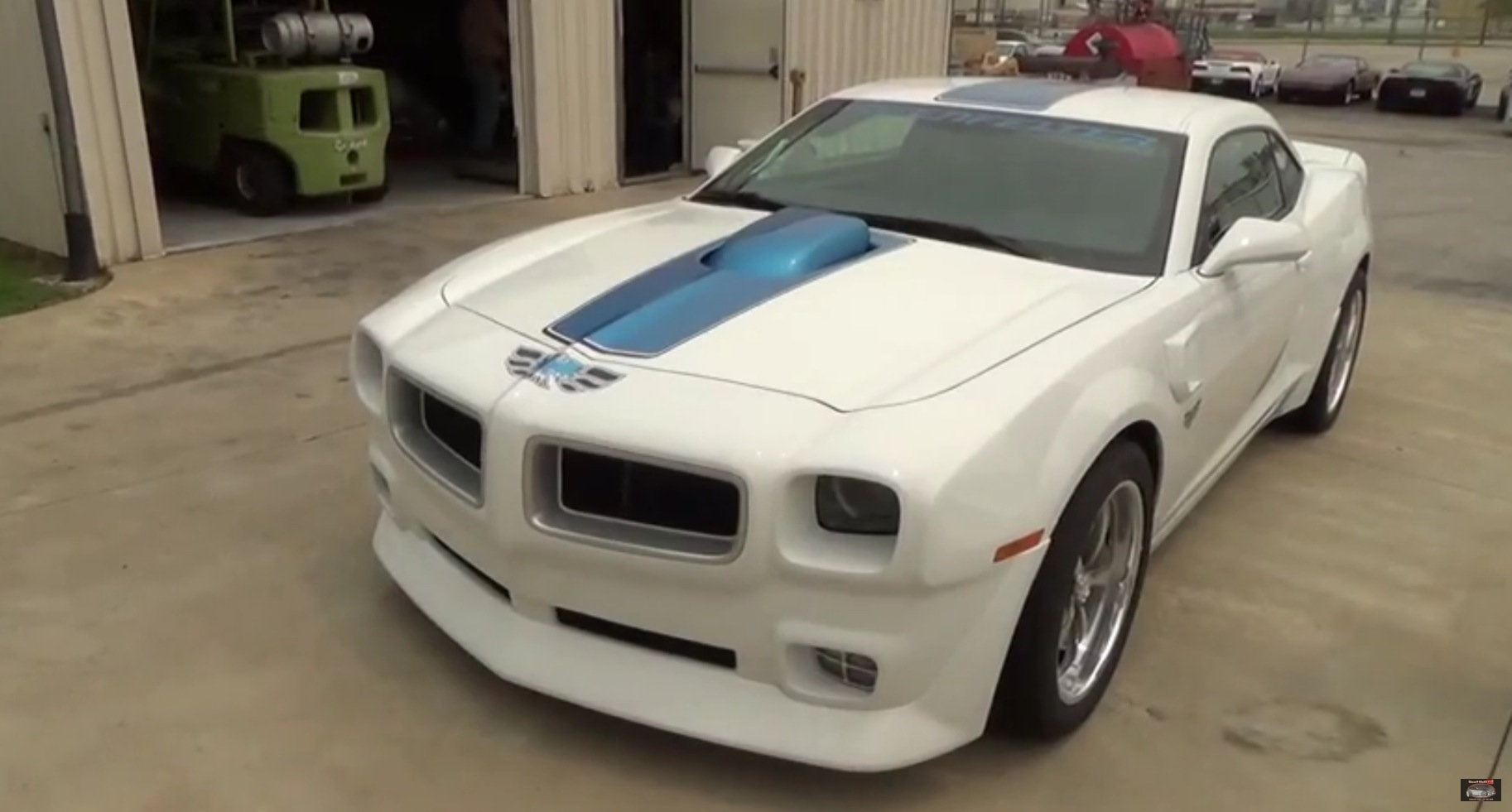 2015 Camaro Z/28 Turned Into Classic Pontiac Trans Am By Lingenfelter