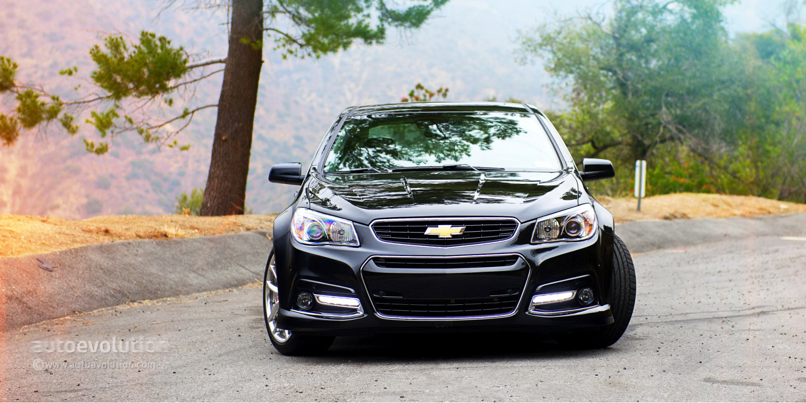 2015 Chevrolet SS Gets 6-Speed Manual, Magnetic Ride Control, OnStar
