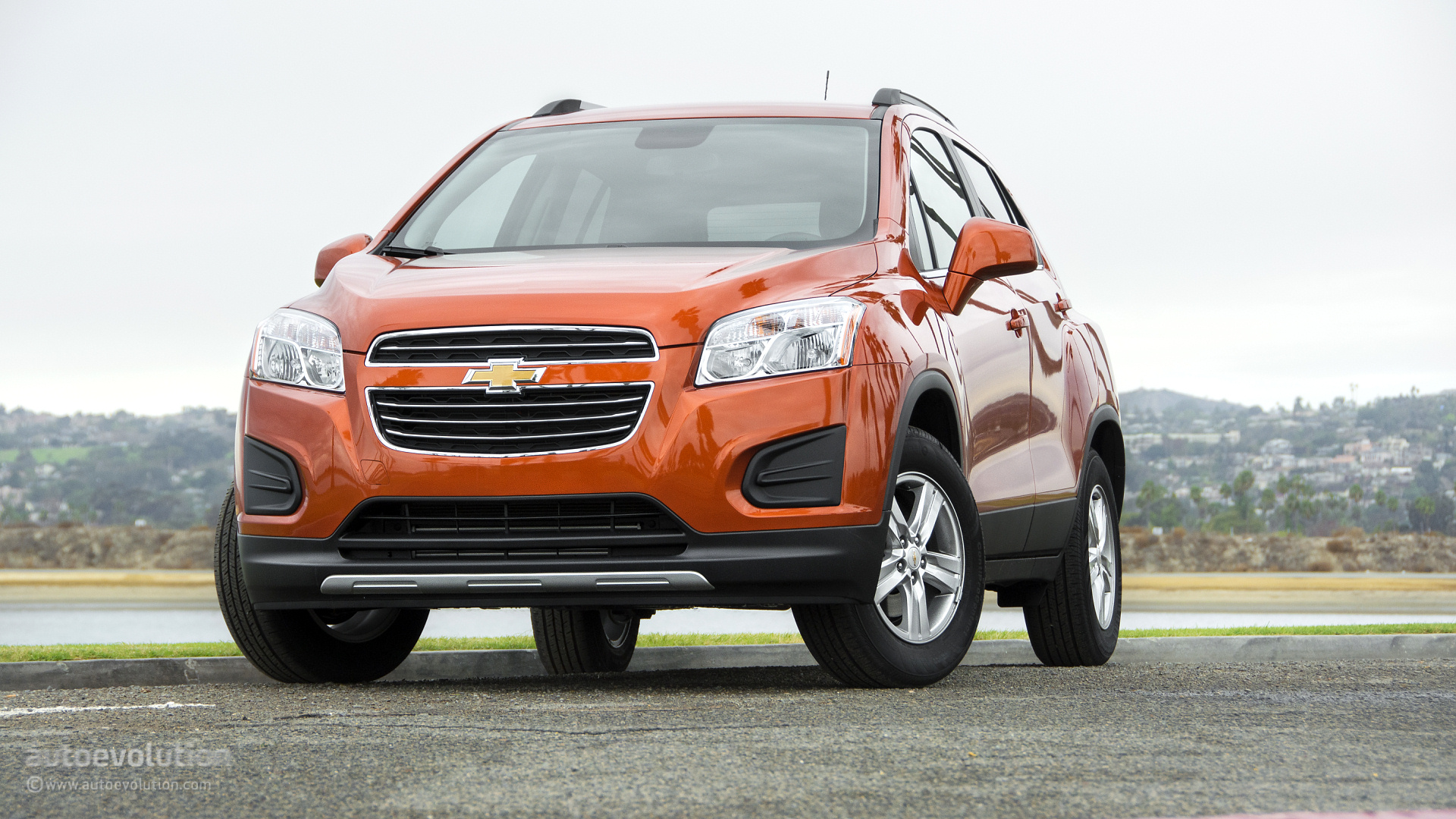 2015 chevrolet trax wallpapers when utility meets lifestyle autoevolution. Black Bedroom Furniture Sets. Home Design Ideas
