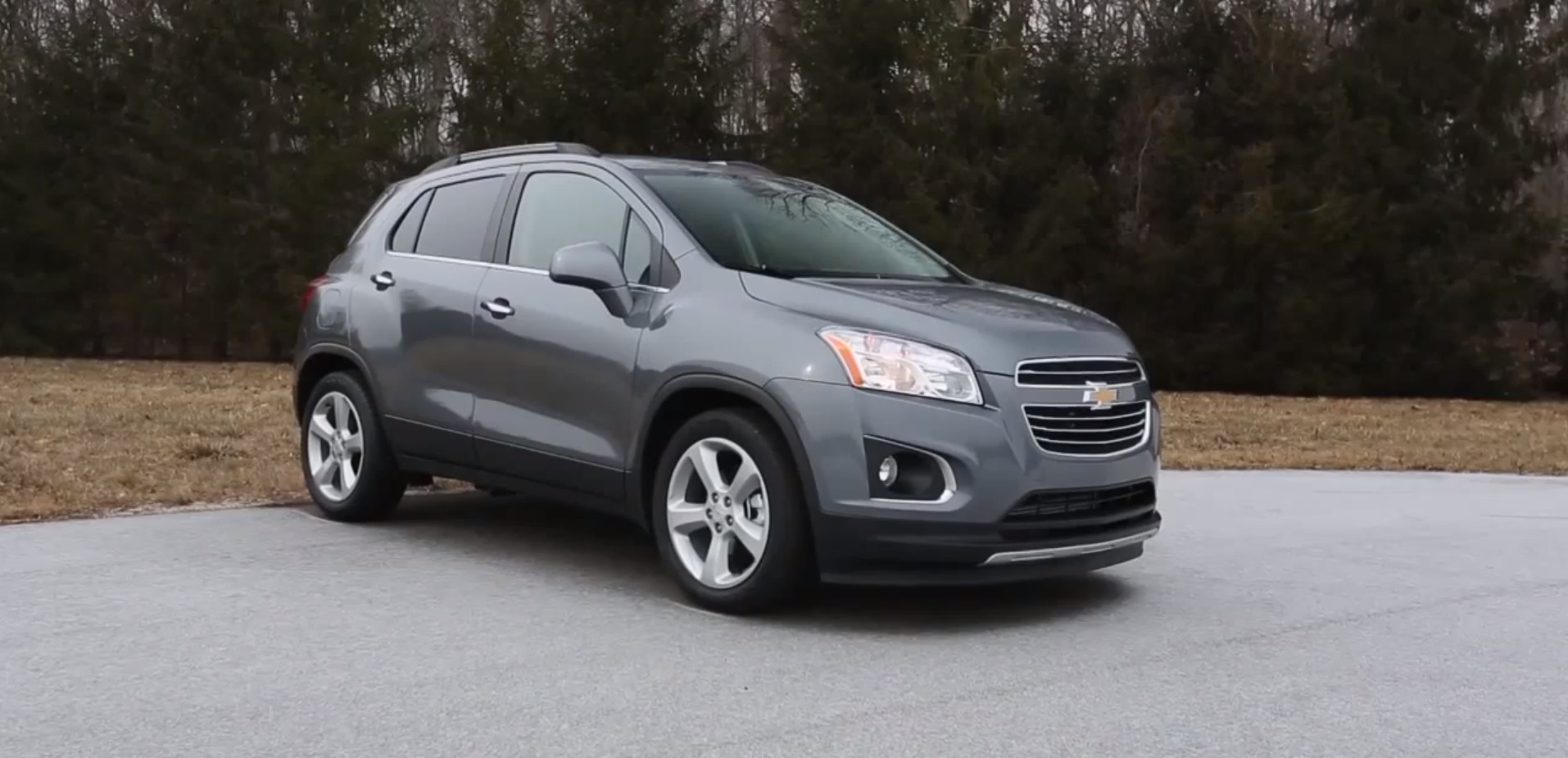 2015 chevy trax criticized by consumer reports for price lack of space autoevolution. Black Bedroom Furniture Sets. Home Design Ideas
