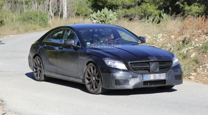 2015 CLS 63 AMG Facelift Caught The First Time in The Open [Photo Gallery]