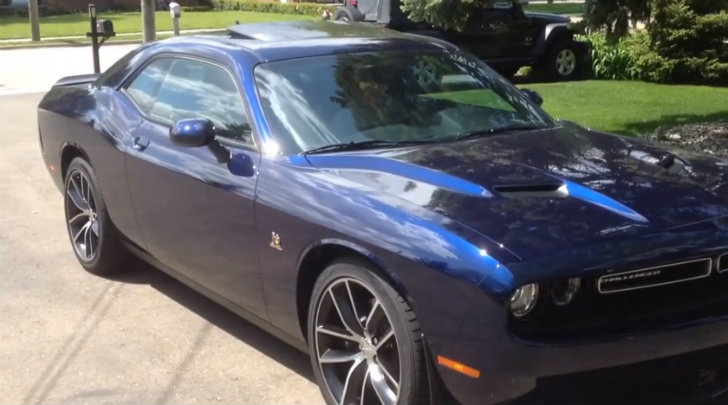 Dodge Challenger Hellcat Blue >> 2015 Dodge Challenger Super Bee Walkaround - autoevolution