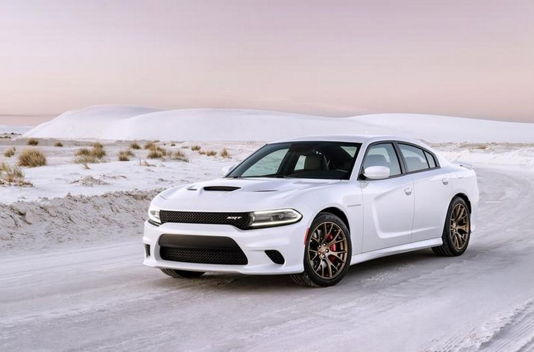 2015 dodge charger srt hellcat isn 39 t your average four door sedan autoevolution. Black Bedroom Furniture Sets. Home Design Ideas