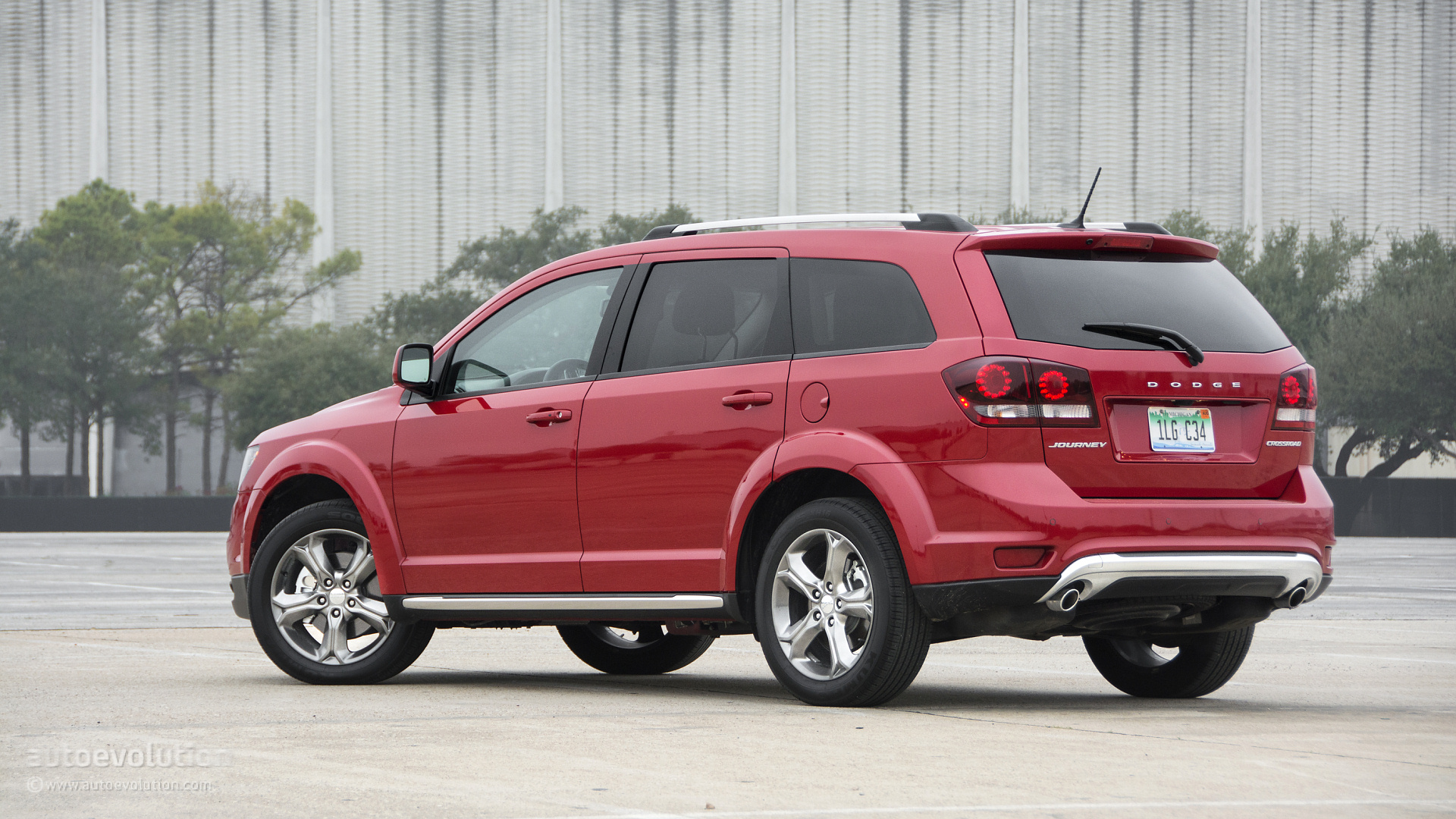 Dodge Journey Crossroad >> 2015 Dodge Journey Crossroad HD Wallpapers: the Budget Family Man - autoevolution